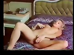 Brigitte Lahaie masturbation
