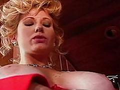 Freckled lesbian gets vagina licked