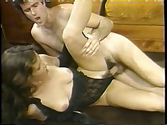 Big hair vintage slut drinks spunk load