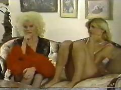 Helga Sven - Hustler Vintage MILFS